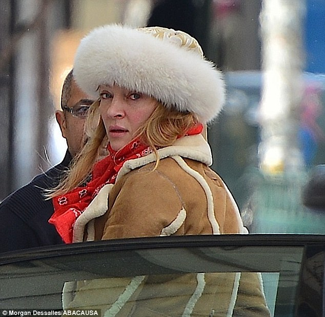 25C838EA00000578-0-Frozen in time Uma Thurman still looks extremely fresh faced as -m-19 1424248643330 22eca