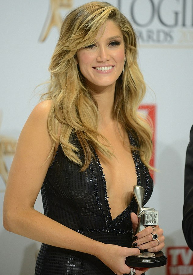 28447F8200000578-3066078-Delta Goodrem posed with theSilver Logie Award after winning-m-56 1430661749716 e919d