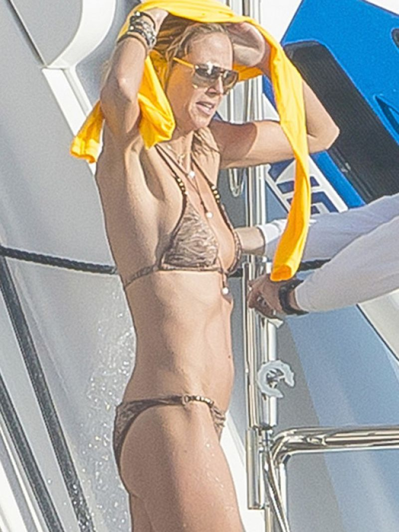 heidi klum in a bikini in st. barts january 2015 4 1723b