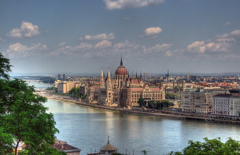 Budapest Parlament Building 9d64e