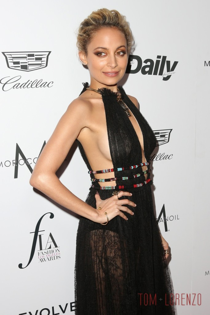 Nicole Richie Daily Front Row Fashion Los Angeles Awards Red Carpet Valentino Tom Lorenzo Site 1 683x1024 6f45e