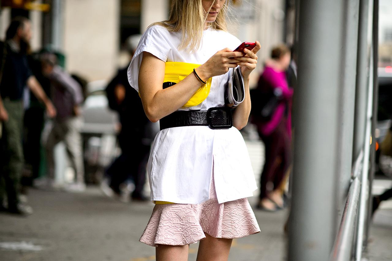 Street style phone image