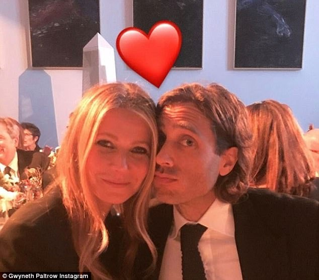 4692F96F00000578 0 Happy news Gwyneth Paltrow is engaged to long term boyfriend Bra m 35 1511283584029
